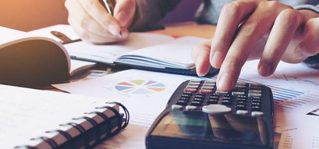 Comment calculer les charges fixes ?